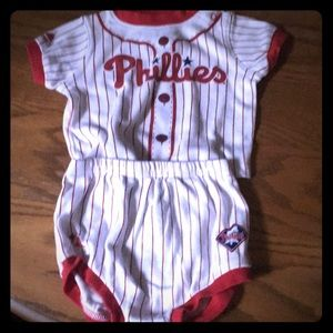 Philadelphia Phillies 2 Piece Outfit